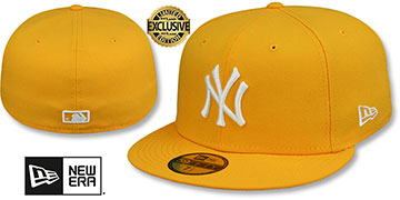 Yankees TEAM-BASIC Gold-White Fitted Hat by New Era