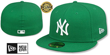 Yankees TEAM-BASIC Kelly Green-White Fitted Hat by New Era