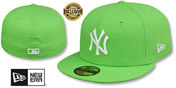 Yankees TEAM-BASIC Lime-White Fitted Hat by New Era