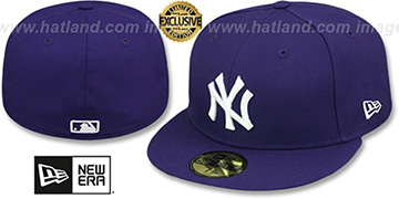 Yankees TEAM-BASIC Purple-White Fitted Hat by New Era