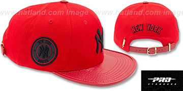 Yankees TEAM-BASIC STRAPBACK Red-Black Hat by Pro Standard