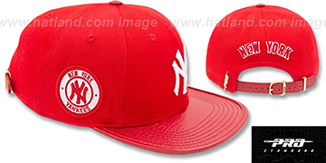Yankees TEAM-BASIC STRAPBACK Red-White Hat by Pro Standard