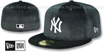 Yankees 'TEAM-BASIC VELOUR' Black Fitted Hat by New Era