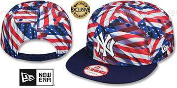 Yankees 'USA WAVING FLAG SNAPBACK' Flag-Navy Hat by New Era
