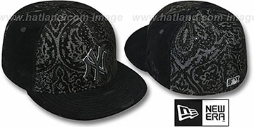 Yankees 'VELVET PAISLEY' Black Fitted Hat by New Era
