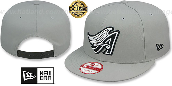 Angels COOP 'TEAM-BASIC SNAPBACK' Grey-Black Hat by New Era : pictured without stickers that these products are shipped with