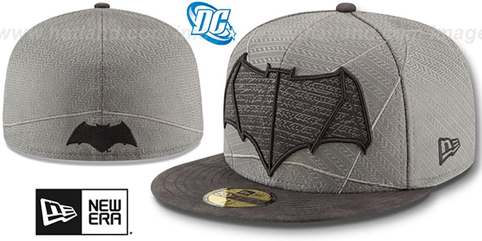 Batman 'CHARACTER ARMOR' Fitted Hat by New Era : pictured without stickers that these products are shipped with