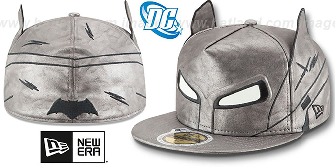 Batman 'CHARACTER HELMET' AFRAME Fitted Hat by New Era : pictured without stickers that these products are shipped with