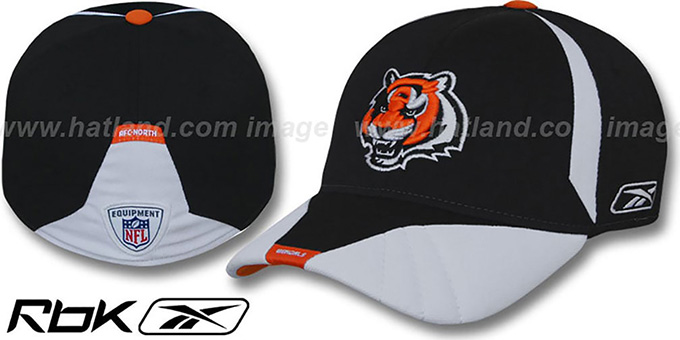 Bengals '2008 SIDELINE-1 FLEX' Black Hat by Reebok : pictured without stickers that these products are shipped with