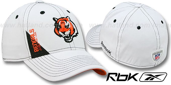 Bengals '2010 DRAFT-DAY FLEX' White Hat by Reebok : pictured without stickers that these products are shipped with