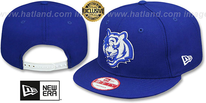 Bengals 'TEAM-BASIC SNAPBACK' Royal-White Hat by New Era : pictured without stickers that these products are shipped with