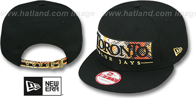 Blue Jays 'SNAKE-WORD STRAPBACK' Black Hat by New Era : pictured without stickers that these products are shipped with