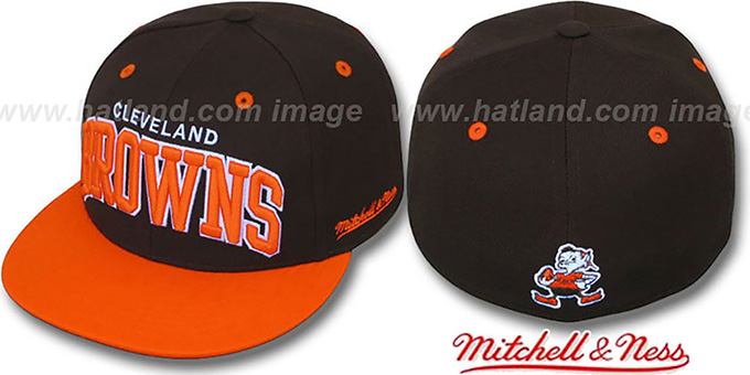 Browns '2T CLASSIC-ARCH' Brown-Orange Fitted Hat by Mitchell & Ness : pictured without stickers that these products are shipped with