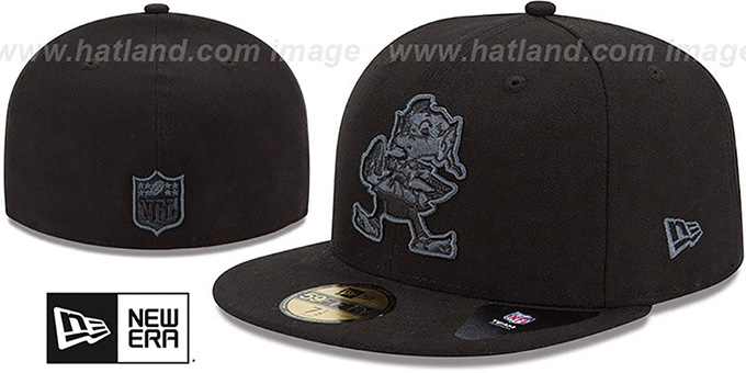 Browns 'NFL FADEOUT-BASIC' Black Fitted Hat by New Era : pictured without stickers that these products are shipped with