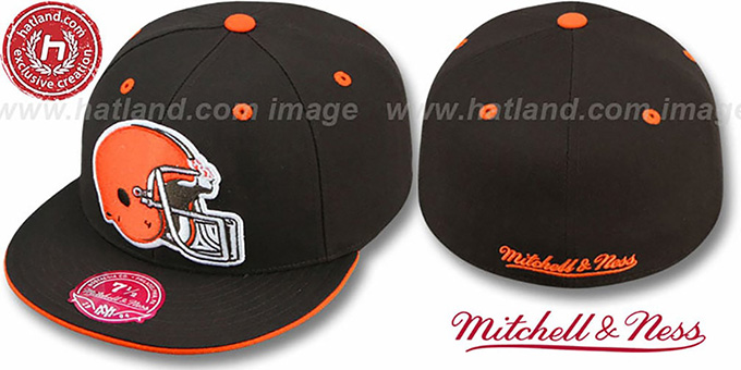 Browns 'XL-HELMET' Brown Fitted Hat by Mitchell & Ness : pictured without stickers that these products are shipped with