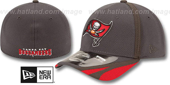 Buccaneers '2014 NFL TRAINING FLEX' Graphite Hat by New Era : pictured without stickers that these products are shipped with