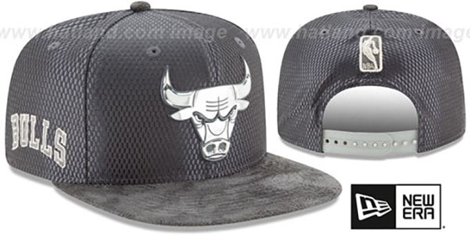 Bulls '2017 NBA ONCOURT SNAPBACK' Charcoal Hat by New Era : pictured without stickers that these products are shipped with