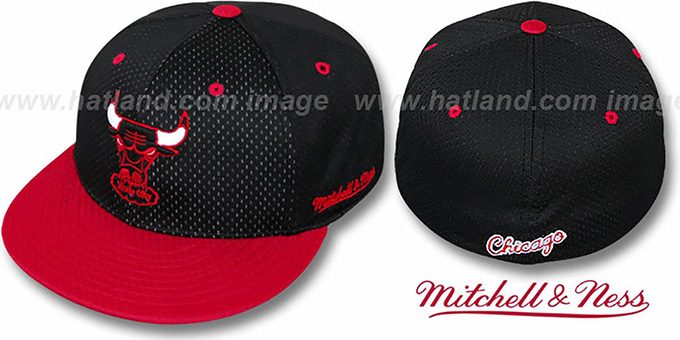 Bulls '2T BP-MESH' Black-Red Fitted Hat by Mitchell & Ness : pictured without stickers that these products are shipped with