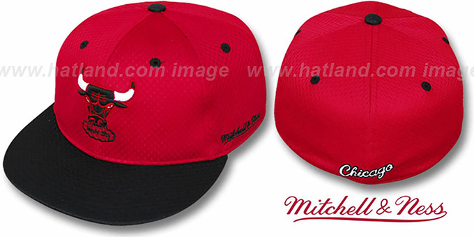 Bulls '2T BP-MESH' Red-Black Fitted Hat by Mitchell & Ness : pictured without stickers that these products are shipped with