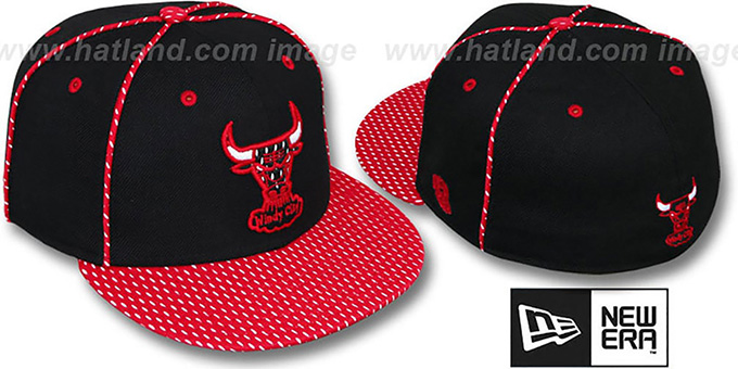 Bulls '2T TEAM-JERSEY' Black-Red Fitted Hat by New Era : pictured without stickers that these products are shipped with