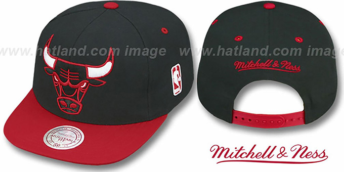 Bulls '2T XL-LOGO SNAPBACK' Black-Red Adjustable Hat by Mitchell & Ness : pictured without stickers that these products are shipped with