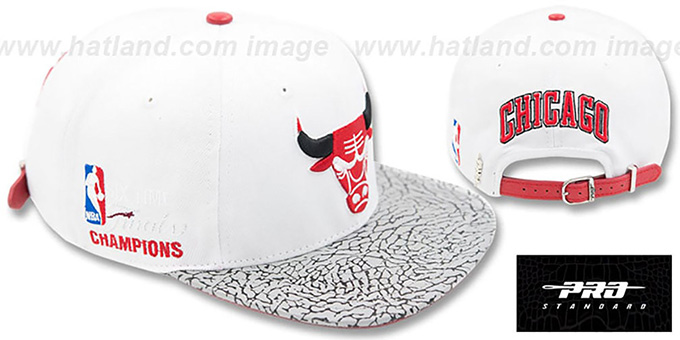Bulls '6X FINALS CHAMPS STRAPBACK' White-Elephant Hat by Pro Standard