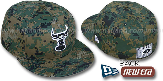 BULLS 'HWC DIGITAL ARMY CAMO' Fitted Hat by New Era : pictured without stickers that these products are shipped with