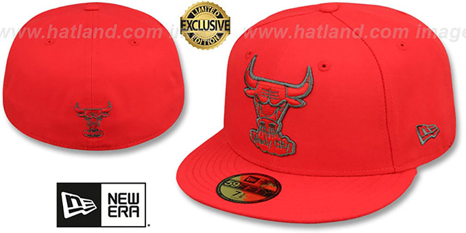 Bulls 'HWC NBA TEAM-BASIC' Fire Red-Charcoal Fitted Hat by New Era : pictured without stickers that these products are shipped with