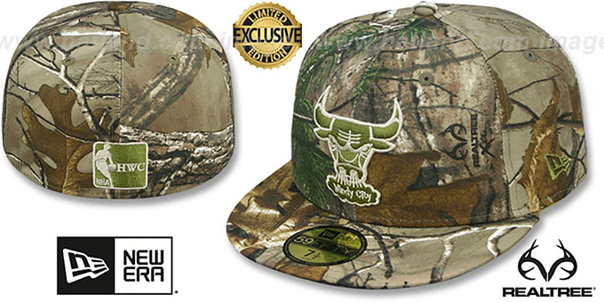 Bulls 'NBA TEAM-BASIC' Realtree Camo Fitted Hat by New Era : pictured without stickers that these products are shipped with