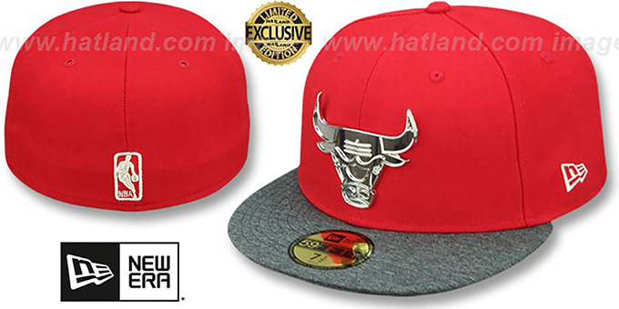 official photos eeac9 774b6 Bulls  SILVER METAL-BADGE  Red-Shadow Tech Fitted Hat by New Era
