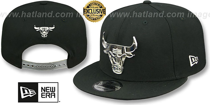 Bulls  SILVER METAL-BADGE SNAPBACK  Black Hat by ... 45bc4ecdabf