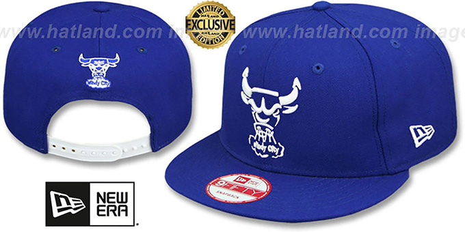 Bulls 'TEAM-BASIC TRACE SNAPBACK' Royal-White Hat by New Era : pictured without stickers that these products are shipped with