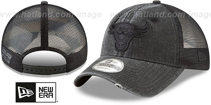 new concept 45963 7a55e Bulls  TONAL-WASHED TRUCKER SNAPBACK  Black Hat by New Era