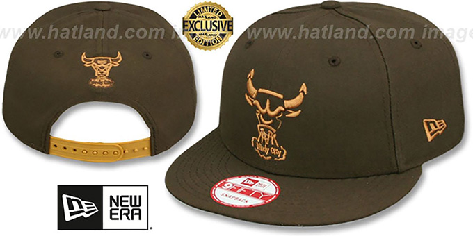 Bulls 'TRACE TEAM-BASIC SNAPBACK' Brown-Wheat Hat by New Era : pictured without stickers that these products are shipped with