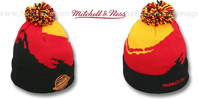 Canucks 'PAINTBRUSH BEANIE' by Mitchell and Ness : pictured without stickers that these products are shipped with