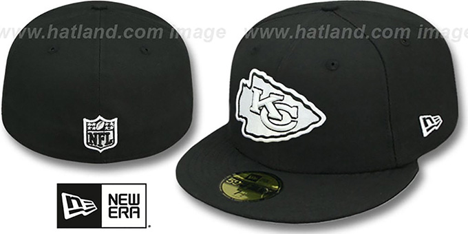 Chiefs 'NFL TEAM-BASIC' Black-White Fitted Hat by New Era : pictured without stickers that these products are shipped with
