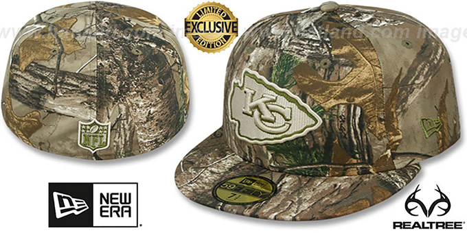 Chiefs 'NFL TEAM-BASIC' Realtree Camo Fitted Hat by New Era : pictured without stickers that these products are shipped with