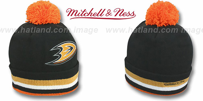 Ducks 'XL-LOGO BEANIE' Black by Mitchell and Ness : pictured without stickers that these products are shipped with