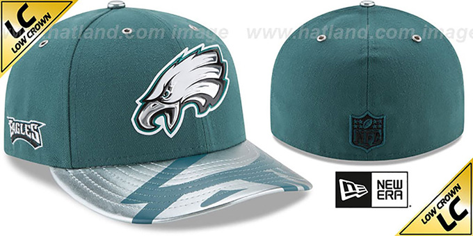 Philadelphia Eagles 2017 LOW-CROWN SPOTLIGHT Fitted Hat efe1df626e4