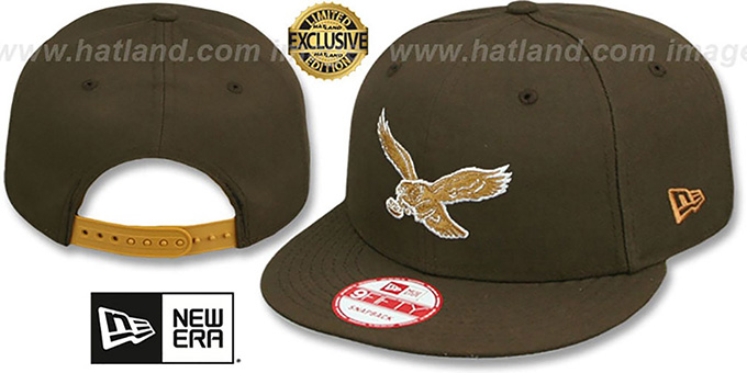 Eagles 'THROWBACK TEAM-BASIC SNAPBACK' Brown-Wheat Hat by New Era : pictured without stickers that these products are shipped with
