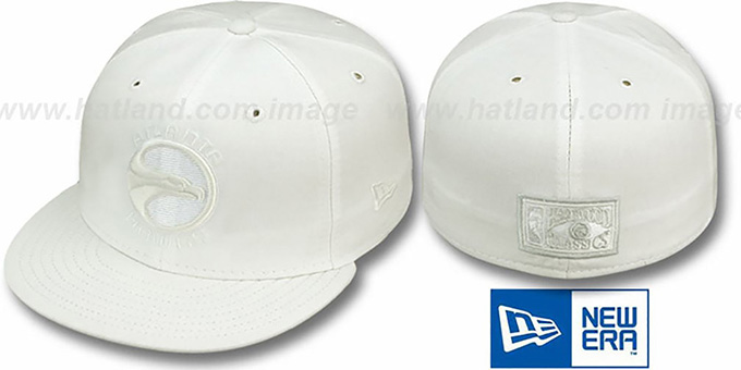 Hawks 'HARDWOOD FADEOUT' White Fitted Hat by New Era : pictured without stickers that these products are shipped with