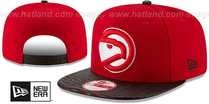 Hawks 'HWC LEATHER-RIP SNAPBACK' Red-Black Hat by New Era : pictured without stickers that these products are shipped with