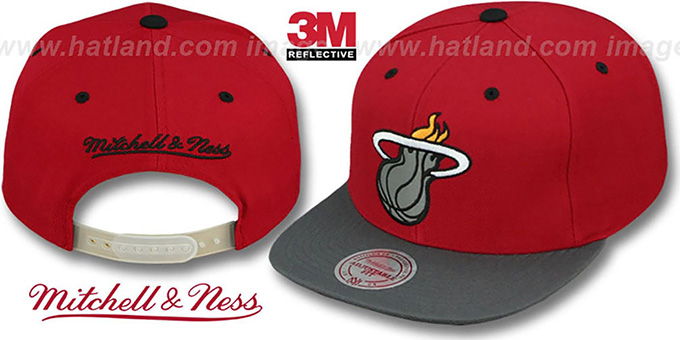 Heat '3M XL-LOGO SNAPBACK' Red-Grey Hat by Mitchell and Ness : pictured without stickers that these products are shipped with