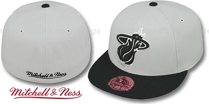 Heat 'MONOCHROME XL-LOGO' Grey-Black Fitted Hat by Mitchell & Ness : pictured without stickers that these products are shipped with