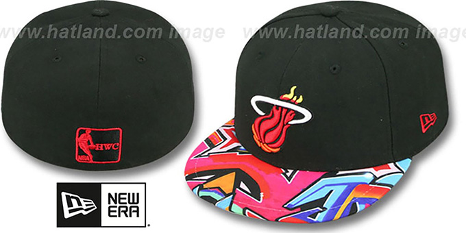 Heat 'REAL GRAFFITI VIZA-PRINT' Black Fitted Hat by New Era : pictured without stickers that these products are shipped with