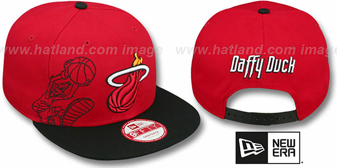Heat 'SIDE-TEAM' DAFFY DUCK SNAPBACK Hat by New Era : pictured without stickers that these products are shipped with