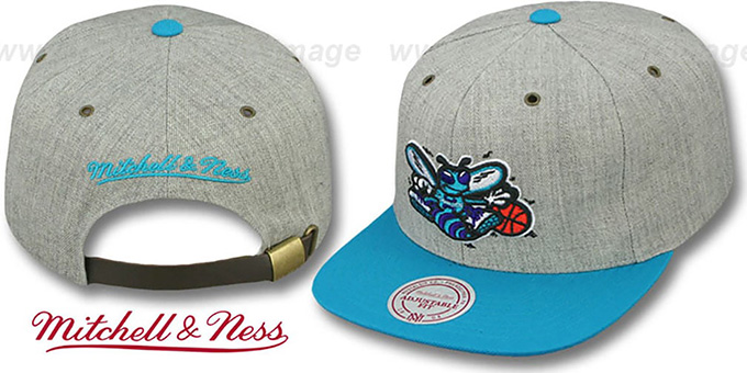Hornets '2T-HEATHER STRAPBACK' Hat Mitchell & Ness : pictured without stickers that these products are shipped with