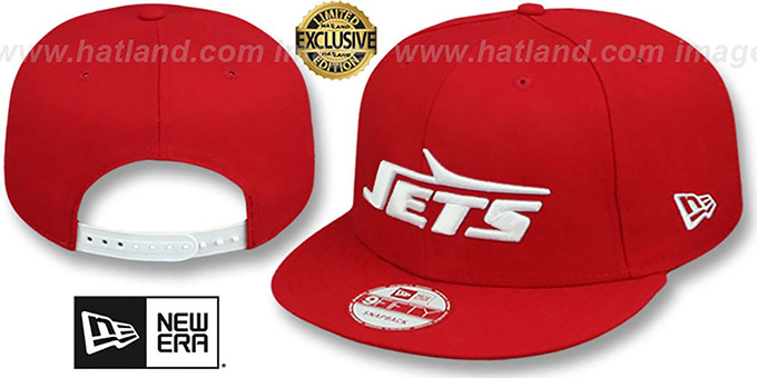 Jets 'THROWBACK TEAM-BASIC SNAPBACK' Red-White Hat by New Era : pictured without stickers that these products are shipped with