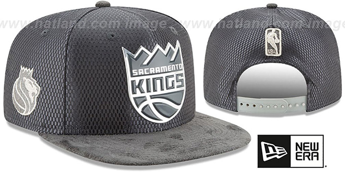 Kings '2017 NBA ONCOURT SNAPBACK' Charcoal Hat by New Era