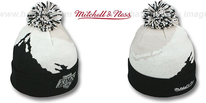 Kings 'PAINTBRUSH BEANIE' by Mitchell and Ness : pictured without stickers that these products are shipped with